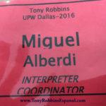 Tony-Robbins-y-Miguel-Alberdi-interprete